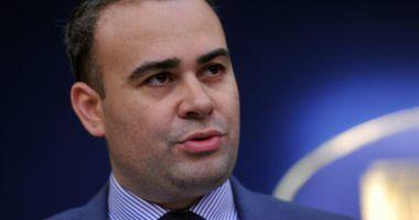 Darius Vâlcov a LIPSIT de la proces, invocând că se află la muncă