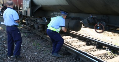 Controale �n trenuri �i �n sta�iile CFR