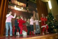 Moş Crăciun a venit la copiii de la Histria şi de la Cuget Liber