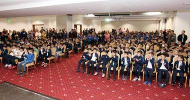 Academia Hagi şi-a premiat  cei mai valoroşi tineri fotbalişti