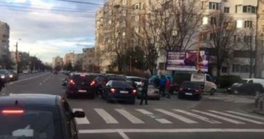 Accident pe strada Soveja. Mai multe maşini au fost avariate