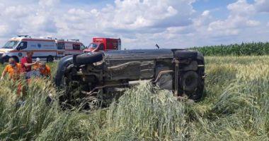 Accident cu 12 victime, între care 5 copii, în urma coliziunii a două autoturisme