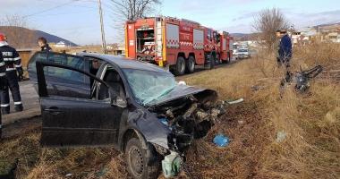 GALERIE FOTO / Accident rutier violent, 13 răniţi, trafic de coşmar