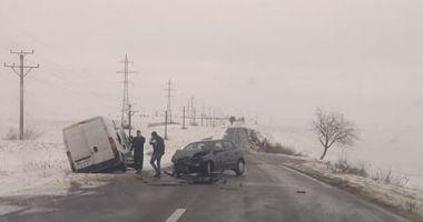 GALERIE FOTO / Accident RUTIER GRAV în apropiere de Hârşova! Se recomandă atenţie sporită la drum