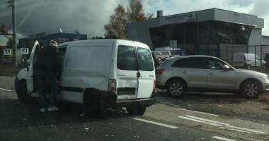 Atenţie, şoferi! Accident rutier la ieşire din Constanţa