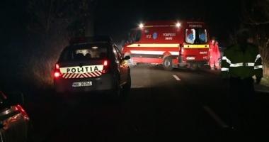 Un adolescent de 15 ani MORT şi trei răniți grav, într-un accident rutier pe DN 26