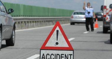 Accident cu opt maşini, pe Autostrada Soarelui. Trei persoane sunt rănite