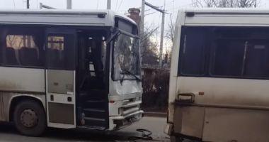 ACCIDENT GRAV! Trei autobuze au fost implicate, patru victime