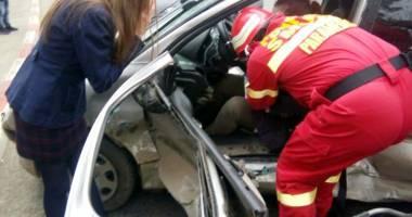 Grav accident rutier  pe bd. Aurel Vlaicu. 5 victime!
