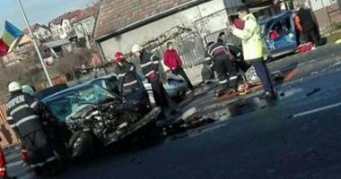 Accident teribil în ziua de Crăciun: O persoană a decedat şi mai multe au fost rănite