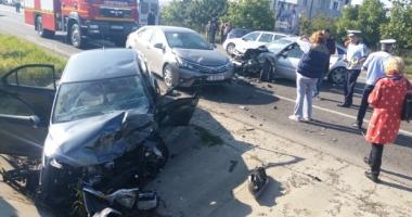 Grav accident rutier, dup� ce o �oferi�� a adormit la volan. Un mort �i trei r�ni�i