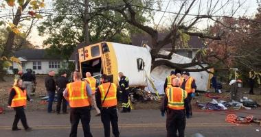 Tragedie în SUA. Copii morţi într-un accident cumplit, cu autobuzul şcolar