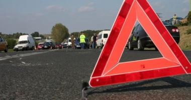 Microbuz cu 49 de călători, implicat într-un accident rutier