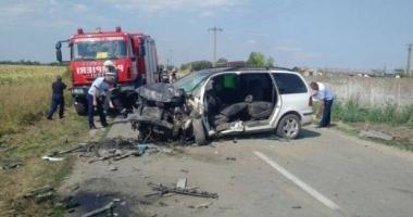 ACCIDENT CUMPLIT! Două persoane au murit, iar alte patru sunt rănite grav