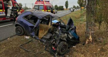 CARNAGIU PE ŞOSEA! Două femei au murit în urma impactului puternic