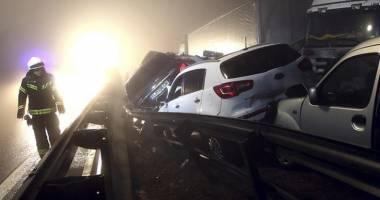 UPDATE - ACCIDENT TERIBIL ÎN SLOVENIA. 70 DE MAŞINI IMPLICATE. UN ROMÂN, PRINTRE MORŢI