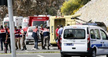 Cel puţin 22 migranţi au murit în urma unui accident rutier produs în Turcia