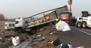 Şoferul de TIR care a provocat accidentul din Ungaria a fost reţinut