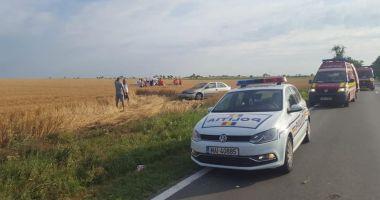 Accident rutier grav, în Constanţa. Maşină răsturnată, patru răniţi!