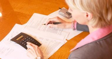 Bonificaţii pentru cei care plătesc în avans impozitele şi taxele