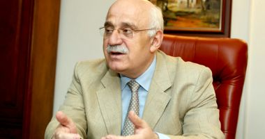 Prof. univ. dr. Mircea Duţu va primi titlul de Doctor Honoris Causa