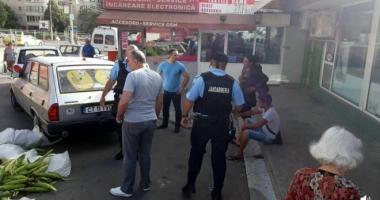RAZII în pieţele constănţene! Poliţiştii constănţeni şi jandarmii au dat zeci de sancţiuni