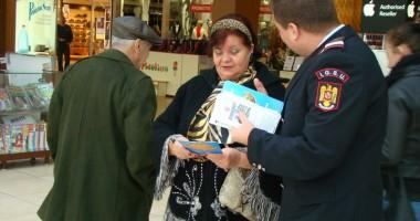 Acţiune preventivă a pompierilor la mall