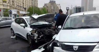 Accident GRAV în faţa Guvernului: VICTIME: Fratele lui Ludovic Orban şi soţia sa