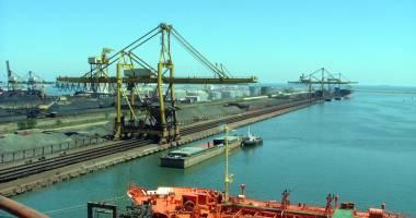 Administraţia portului Constanţa  a fost reclamată la Consiliul Concurenţei