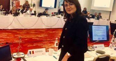 Adriana Cotel - revocată din funcţia de preşedinte al Casei Naţionale de Asigurări de Sănătate