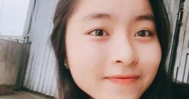 O adolescentă a murit după ce s-a rostogolit în somn peste încărcătorul telefonului