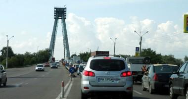 Atenţie, şoferi! Restricţie de tonaj şi viteză pe podul de la Agigea!