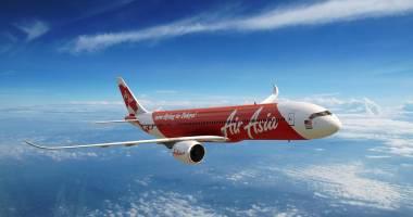 """Aeronava AirAsia se află probabil """"pe fundul mării"""", afirmă autorităţile indoneziene"""