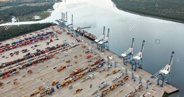 Alarmă de ameninţare cu bombă în port!