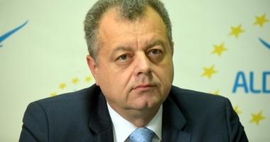 Mircea Banias şi Jean Paul Tucan au îngropat securea războiului din ALDE Constanţa