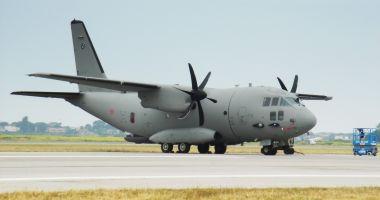Patru pacienţi cu COVID, transportaţi la Iaşi cu o aeronavă C-27J Spartan a Forţelor Aeriene Române