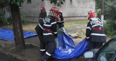 Alert� de inunda�ii �n Constan�a. Pompierii, preg�ti�i s� intervin�