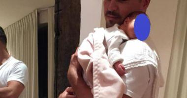 Logodnicul Elenei Udrea, mesaj impresionant din Costa Rica, cu bebeluşul în braţe