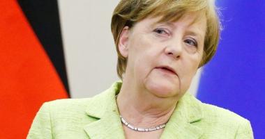 Aliaţii Angelei Merkel. Verzii şi liberalii, chemaţi la negocieri