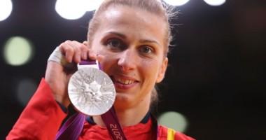 Alina Dumitru, la împlinirea vârstei de 30 de ani: Sunt fericită şi împlinită!