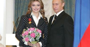 Vladimir Putin a devenit din nou tată. Actuala sa iubită a născut gemeni