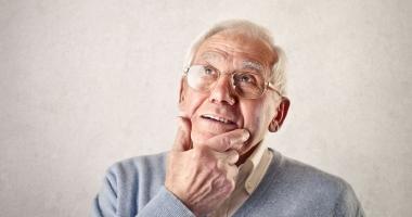 Cum trebuie îngrijiţi bolnavii cu Alzheimer