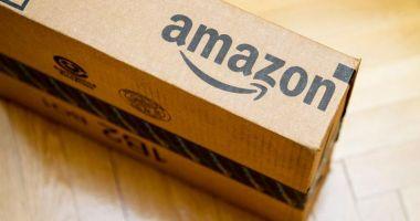 Amazon crește salariul minim al angajaților din UK și SUA