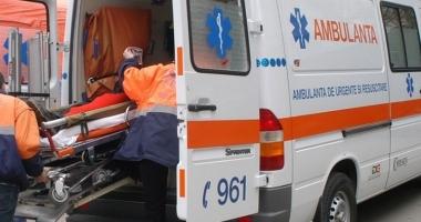 Bărbat înjunghiat în fața sediului Poliției din Năvodari