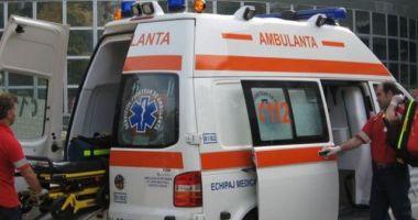 Incident pe podul de la Butelii. O femeie însărcinată a fost rănită