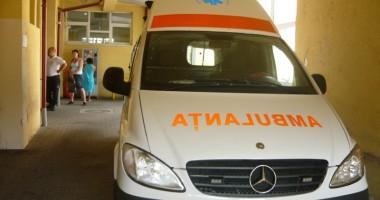 Ambulanţa, solicitată  de peste 6.500 de ori într-o zi