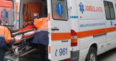 Copil dus în stare critică la spital, după ce a primit o minge în față