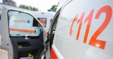Femeie căzută de la etaj, în Constanţa. Intervin paramedicii