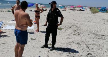 Jandarmii au împărțit amenzi pe plajele sălbatice din județul Constanța