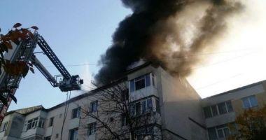 A murit tânărul ars în incendiul din Piatra Neamț. Azi ar fi împlinit 28 de ani